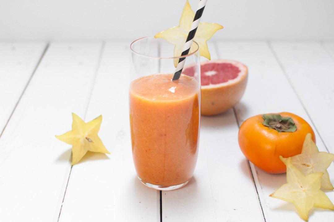 Kaki-Sternfrucht-Smoothie