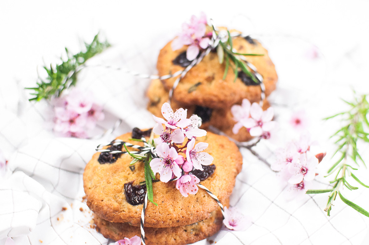 Kirsch Rosmarin Kekse http://wp.me/p6GO5w-Dn Cherry Rosmary cookies