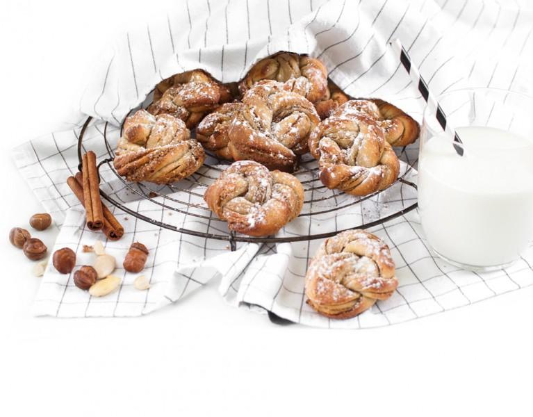 Zimt Nuss Knoten http://wp.me/p6GO5w-CH Haselnüsse, Mandeln und Zimt - die perfekte Kombi