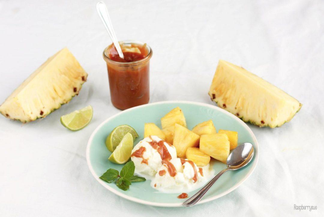 Karamellisierte Ananas mit Frozen Yoghurt http://wp.me/p6GO5w-GY