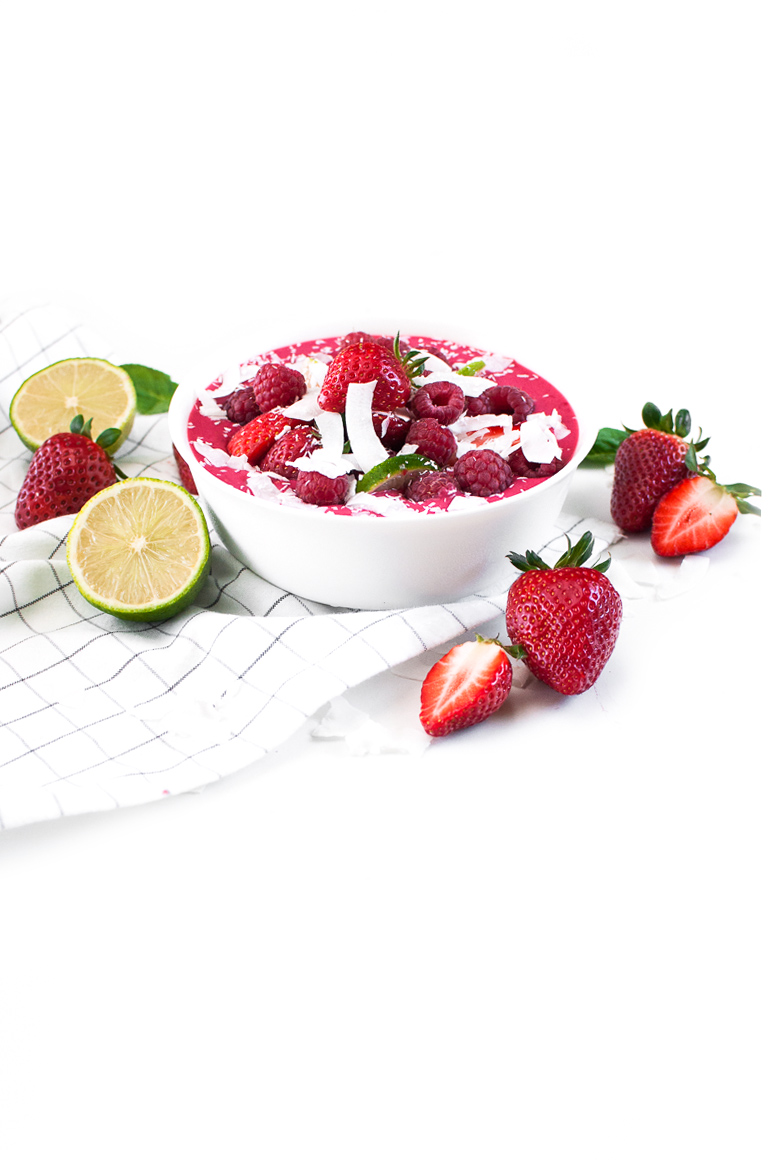 Himbeer Mandel Smoothie Bowl http://wp.me/p6GO5w-EL voll gut & gut voll