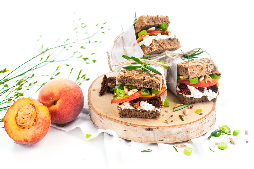Pfirsich Rosmarin Sandwich http://wp.me/p6GO5w-KQ