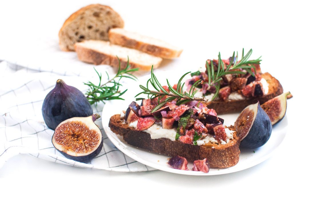 Frisches Feigenbruschetta http://wp.me/p6GO5w-Pd