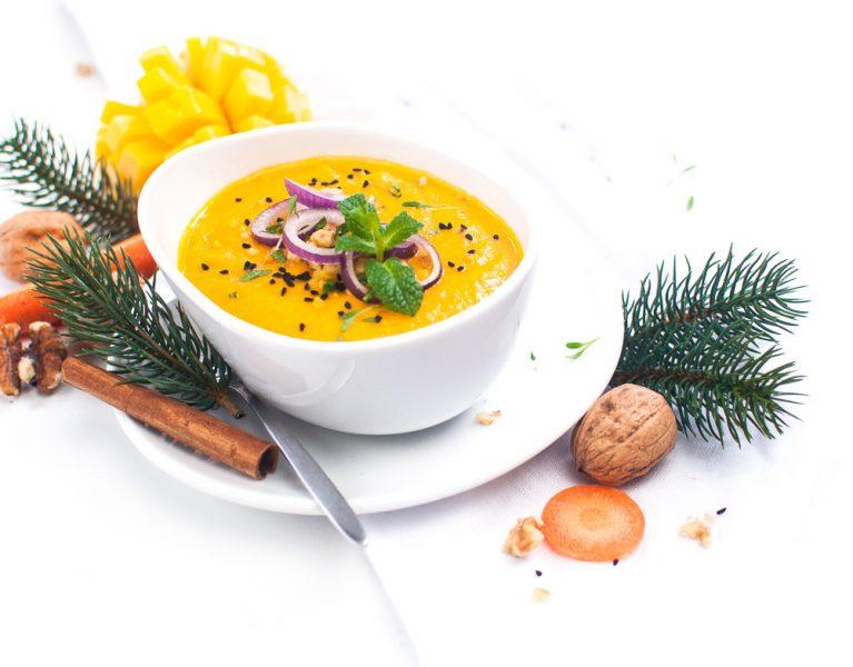 Karotten-Zimt Süppchen mit Walnusstopping http://wp.me/p6GO5w-TJ