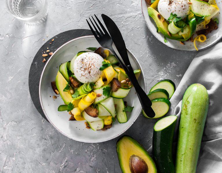 Zucchini Olivenöl Salat mit Burrata https://wp.me/p6GO5w-16T